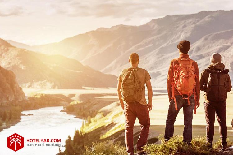 انواع سفر: سفر با دوستان