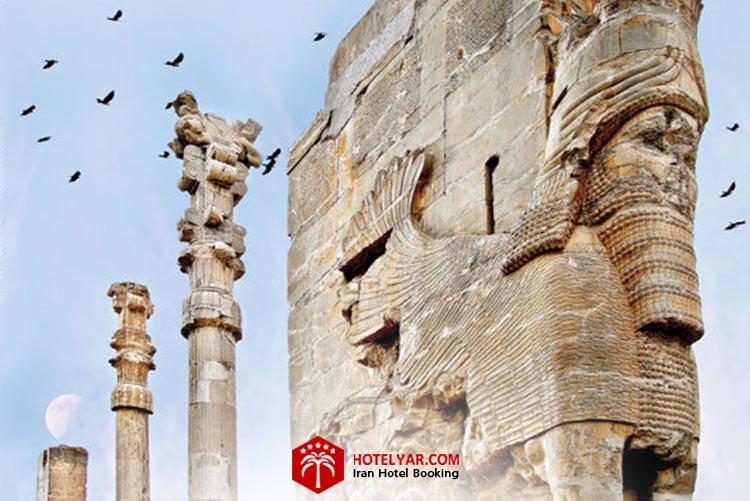 کاخ صد ستون تخت جمشید در شیراز