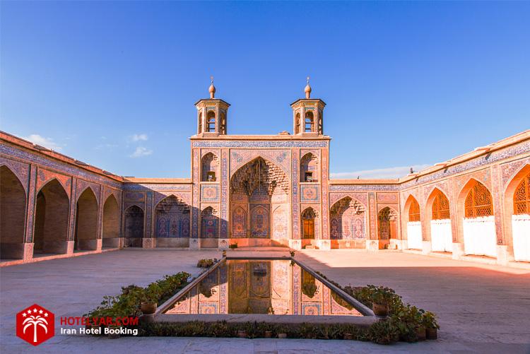 فضای بیرونی مسجد نصیرالملک شیرازپ
