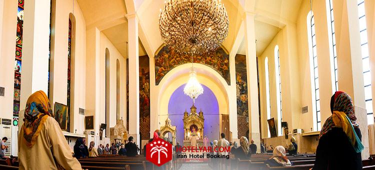 تصویر برگزاری مراسم در کلیسا سرکیس مقدس تبریز
