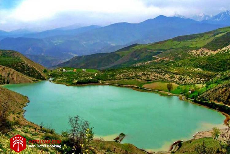 دریاچه ولشت از جاهای دیدنی چالوس
