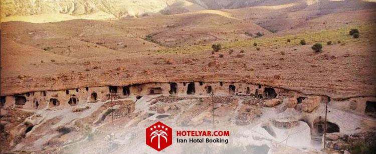 روستایصخره ای میمند در نزدیکی استان کرمان