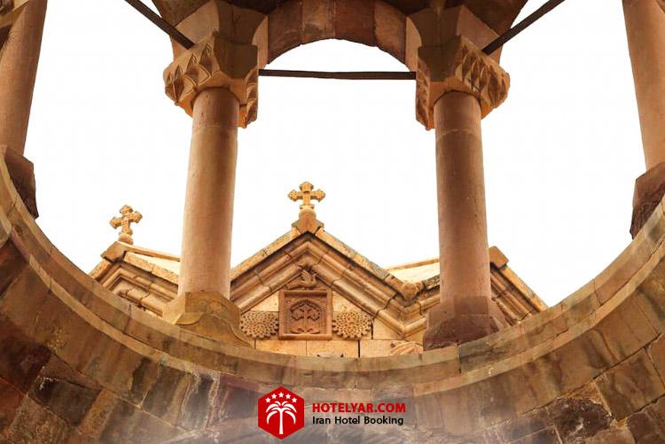 تصویر ستون های کلیسا سنت استپانوس مقدس