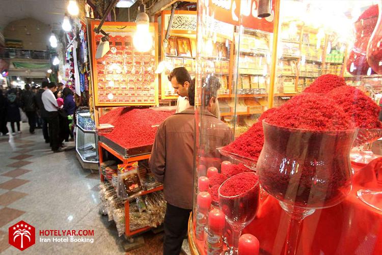 عکس مغازه زعفران فروشی بازار رضا مشهد