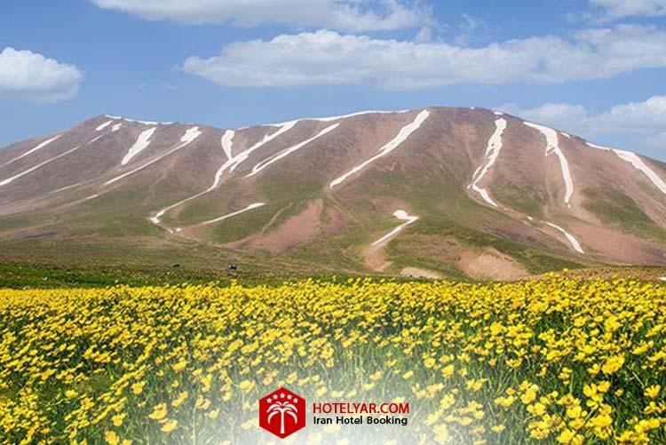 تصویر رشته کوه سهند و طبیعت اطراف آن