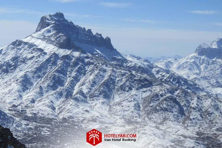 شیرکوه از زیباترین کوه های مرکز ایران
