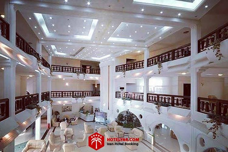 فضای داخلی هتل آریان کیش